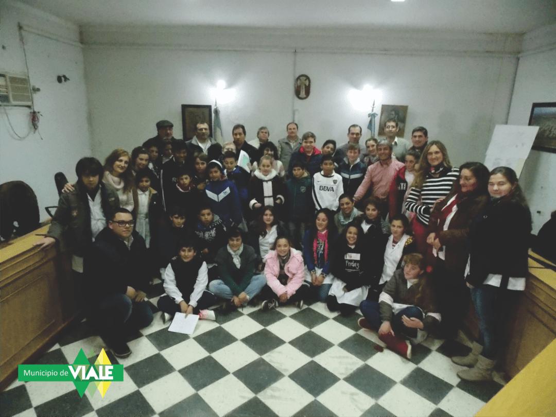 Alumnos de la Esc. N° 60 visitaron el Concejo