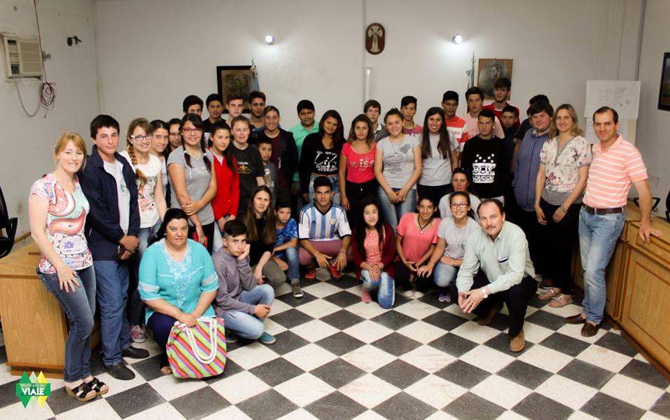 La escuela Yapeyú visitó el H.C.D. y recorrió el Parque Industrial
