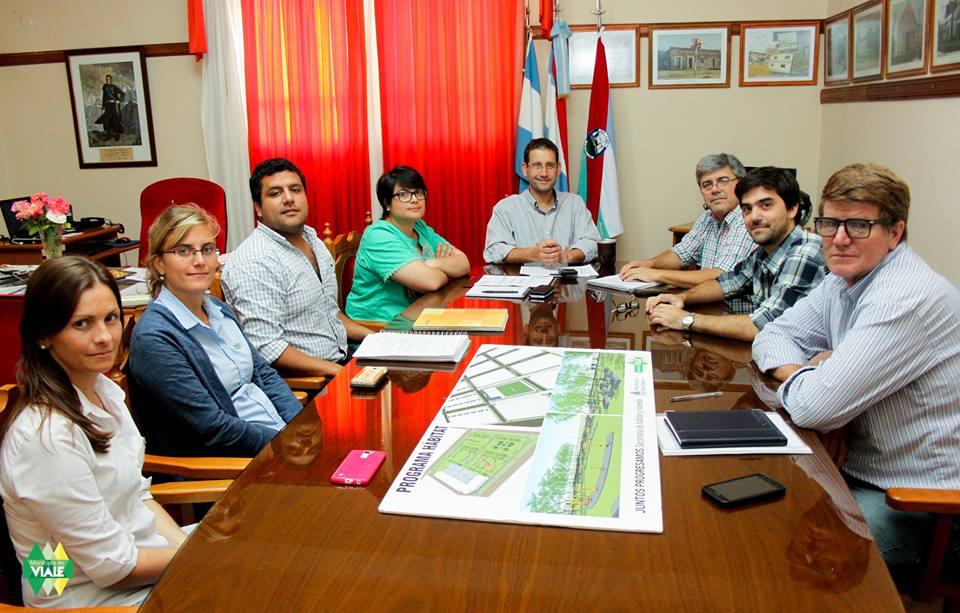 Reunión de trabajo entre los municipios de Viale y La Paz por el Programa Hábitat