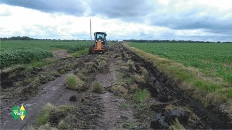 Trabajos de mantenimiento y reparación en caminos rurales