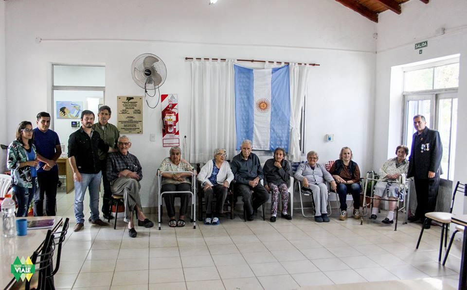 Veterano de Malvinas visitó instituciones locales