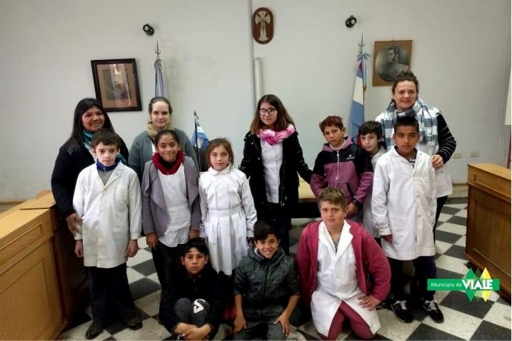 Alumnos de la escuela Nº102 visitaron el Honorable Concejo Deliberante