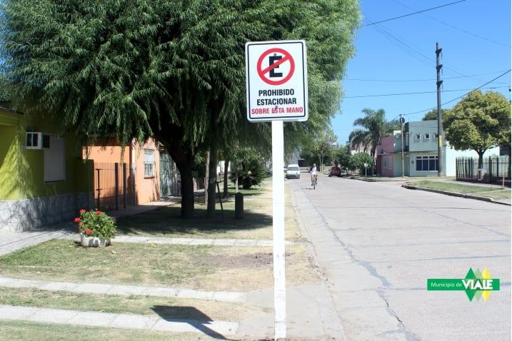 Nueva cartelería indicativa en calle López y Planes